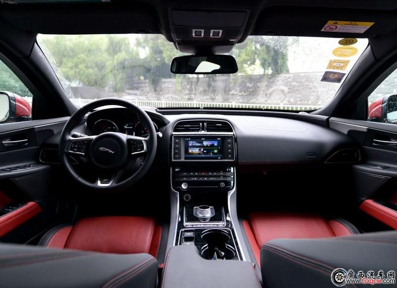 捷豹XE车型 外观图