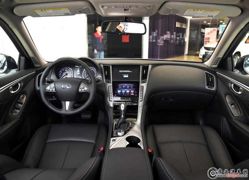 英菲尼迪Q50L车型 内饰图