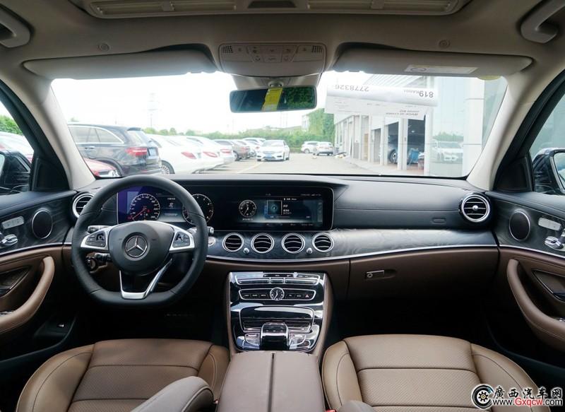 奔驰E级车型 外观图