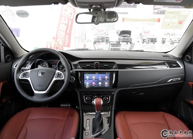 众泰T600车型 内饰图