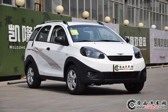 奇瑞瑞麒x1等跨界a0级小车市场.与长城另外一款轿车,腾翼c高清图片